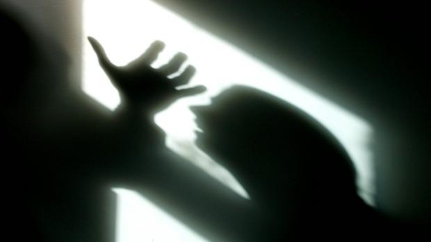 Violenza sessuale, atti di libidine