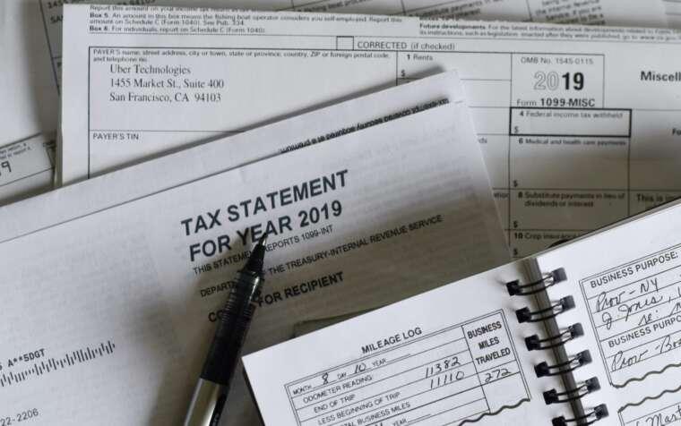Evasione fiscale, sequestro conti correnti familiare, inammisibilità