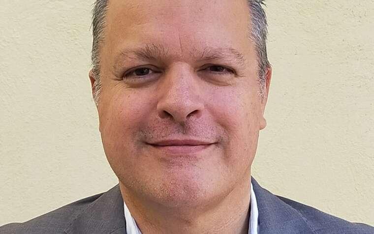 Dr. Bernardo Agus